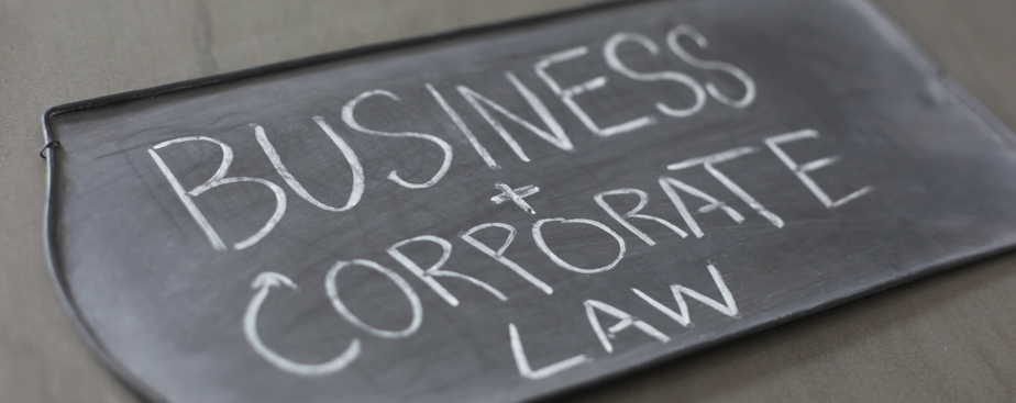 reasons why business owners need a business lawyer
